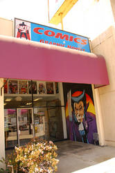 Earth-2 Comics in Northridge