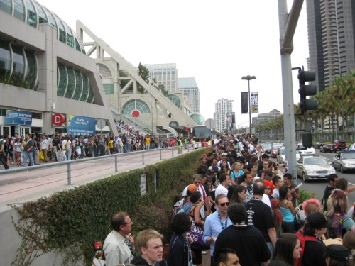 SDCC Crowd Outside