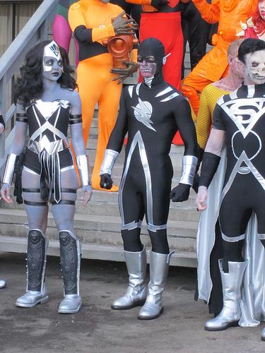Flash Black Lantern and Wonder Woman Black Lantern