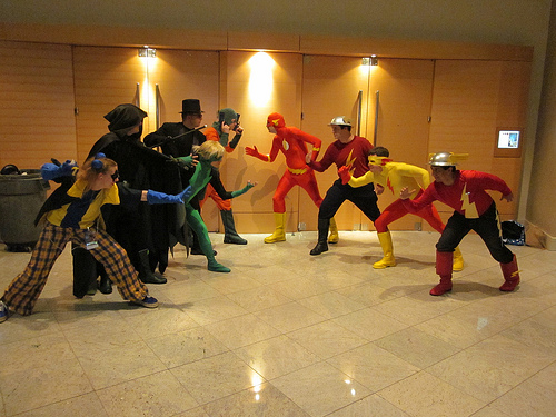 Flash vs Rogues 01