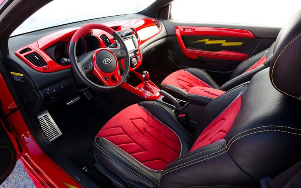 kia and dc comics unveil flash themed car at sema trade show speed force. Black Bedroom Furniture Sets. Home Design Ideas